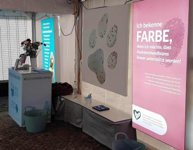 Foto Ausstellung Assistenzhunde