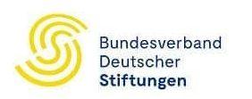 Bundesverband Deutscher Stiftungen :: Links ist ein gelbes S und rechts daneben steht Bundesverband Deutscher Stiftungen.